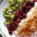 Ryż na słodko z jabłkami i kiwi