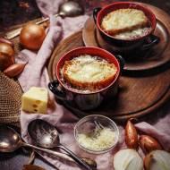 Prawdziwa zupa cebulowa – na bulionie wołowym, z porto