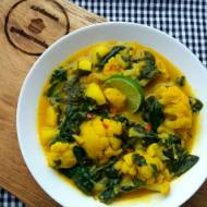 Curry z kalafiora i ziemniaków.