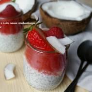 Pudding kokosowy z nasionami Chia i owocami