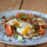 Jajka sadzone z grzankami