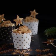 Cynamonowe muffinki z żurawiną i białą czekoladą