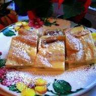 Śniadaniowe clafoutis z bananami
