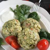 Klopsiki brokułowe z łososiem i szalotką (fit, gotowane na parze)