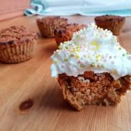 Marchewkowe babeczki - pomysł na zdrowy deser bez cukru
