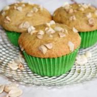 Muffiny z masłem orzechowym i solonymi orzeszkami ziemnymi