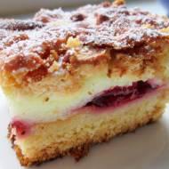 Proste ciasto śliwkowe z cytrynową pianką i kruszonką