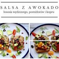 Salsa z awokado, łososia wędzonego, pomidorów i kopru