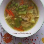 Lekka zupa jarzynowa z soczewicą