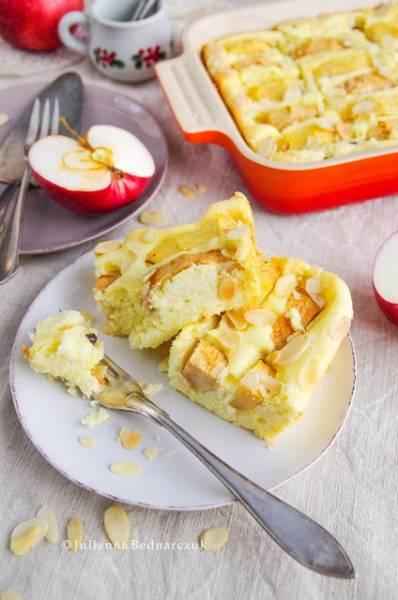 Zapiekanka twarogowa z jabłkami