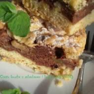 Ciasto półkruche z rabarbarem i czekoladową pianką