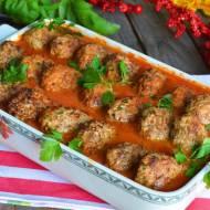 Gołąbki bez zawijania w sosie pomidorowym
