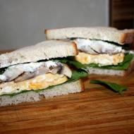""""""" Pipin"""" kanapka z jajecznicą i pieczarkami"""