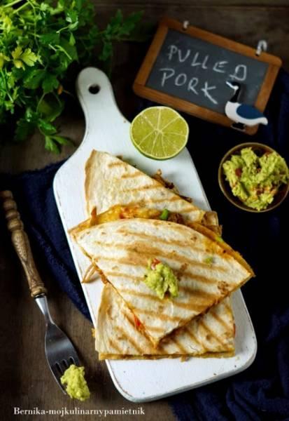 Quesadilla (tortille) z pulled pork