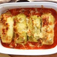 Jeszcze lepsze gołąbki: zapiekane z kapustą kiszoną i sosem pomidorowym [PRZEPIS]
