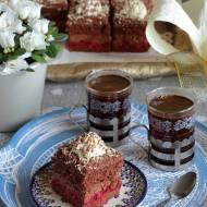 Ciasto czekoladowe tortowe z wiśniami