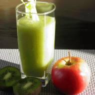 Smoothie z selera naciowego, jabłka oraz kiwi