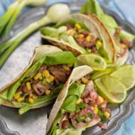 Mini tacos z mięsem i warzywami