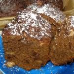 piernikowe ciasto z orzeszkami solonymi i...