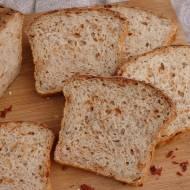 Drożdżowy chleb orkiszowy