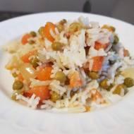 Ryż z marchewką, groszkiem i kurkumą