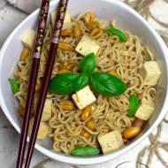 Makaron noodles z tofu