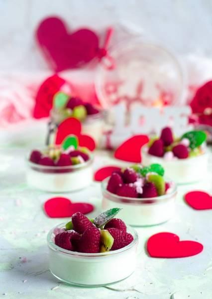 Dietetyczne mini serniczki jogurtowe