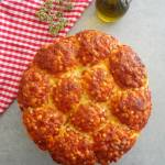 Odrywane bułeczki a'la pizza margherita (Danubio alla pizza margherita)