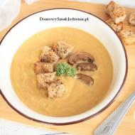 zupa dyniowa z suszonymi grzybami