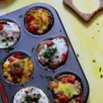 Wytrawne babeczki z szyną chrzanową i warzywami