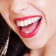Co jeść i jak dbać o zęby by by były zdrowe i białe?