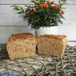 Chleb pszenno - orkiszowy z płatkami orkiszowymi, otrębami pszennymi na zakwasie pszennym