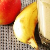 Piernikowy koktajl z jabłkiem i bananem
