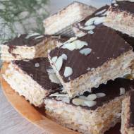 Wafelki miodowo-orzechowe w czekoladzie