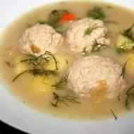 Zupa rybna z klopsikami