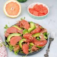 Sałatka z grejpfruta i awokado