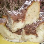 ciasto bananowe drożdżowe z budyniem i kakaową kruszonką...