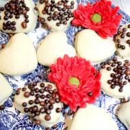 Kawowe ciasteczka w białej czekoladzie