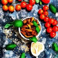 Fit przekąska - Chipsy z czerwonej soczewicy z bazylią i pomidorami