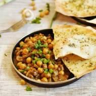 Curry z pieczarkami i ciecierzycą