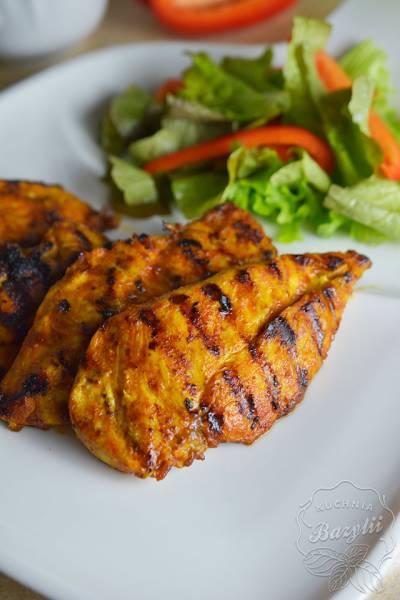 Pierś kurczaka w kurkumie i imbirze