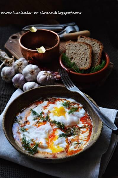 PROJEKT ŚNIADANIE: Çilbir, czyli jajka po turecku