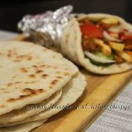 Greckie chlebki pita - gyropita, souvlaki pita