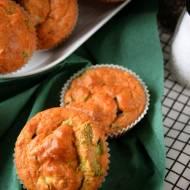 Wytrawne muffinki z brokułem i Cheddarem