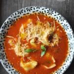Pomidorowa z tortellini