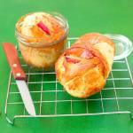 Karmelowe ciasto w słoiku