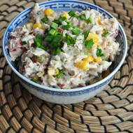 Sałatka z ryżem i tuńczykiem