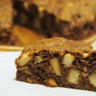 Bezglutenowe ciasto z mąki gryczanej z jabłkami i orzechami.