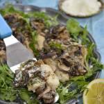 Ryba zapiekana z pieczarkami i cebulką