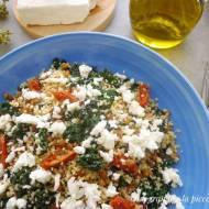 Sałatka z kuskusem, soczewicą, fetą i suszonymi pomidorami (Couscous con lenticchie, feta e pomodori secchi)